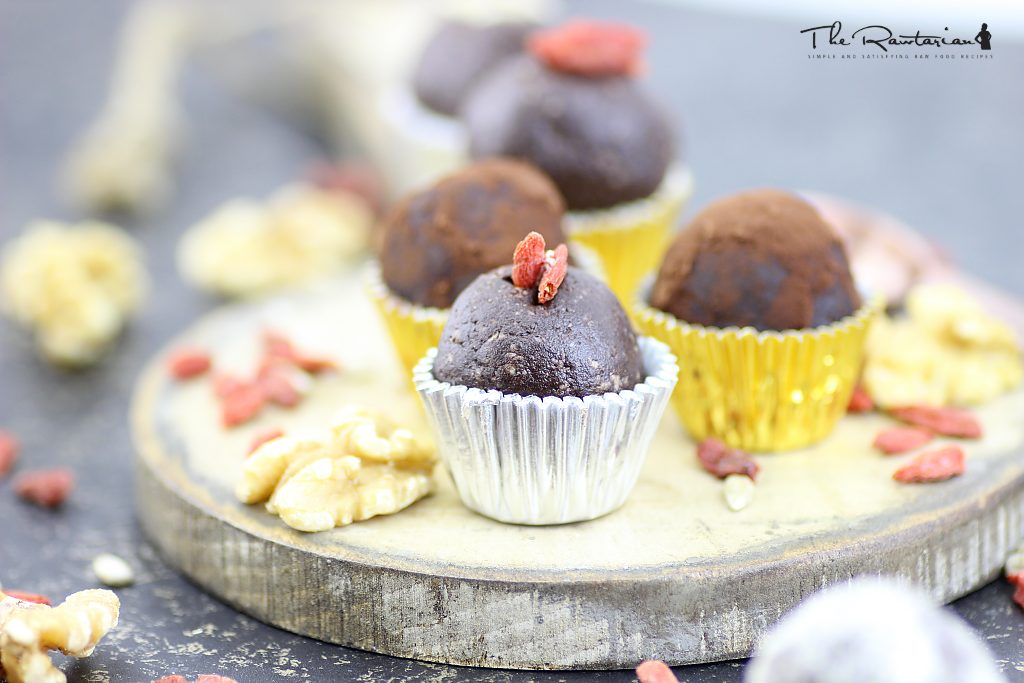 Top 5 festive raw food treats for christmas the rawtarian raw chocolate truffles forumfinder Image collections