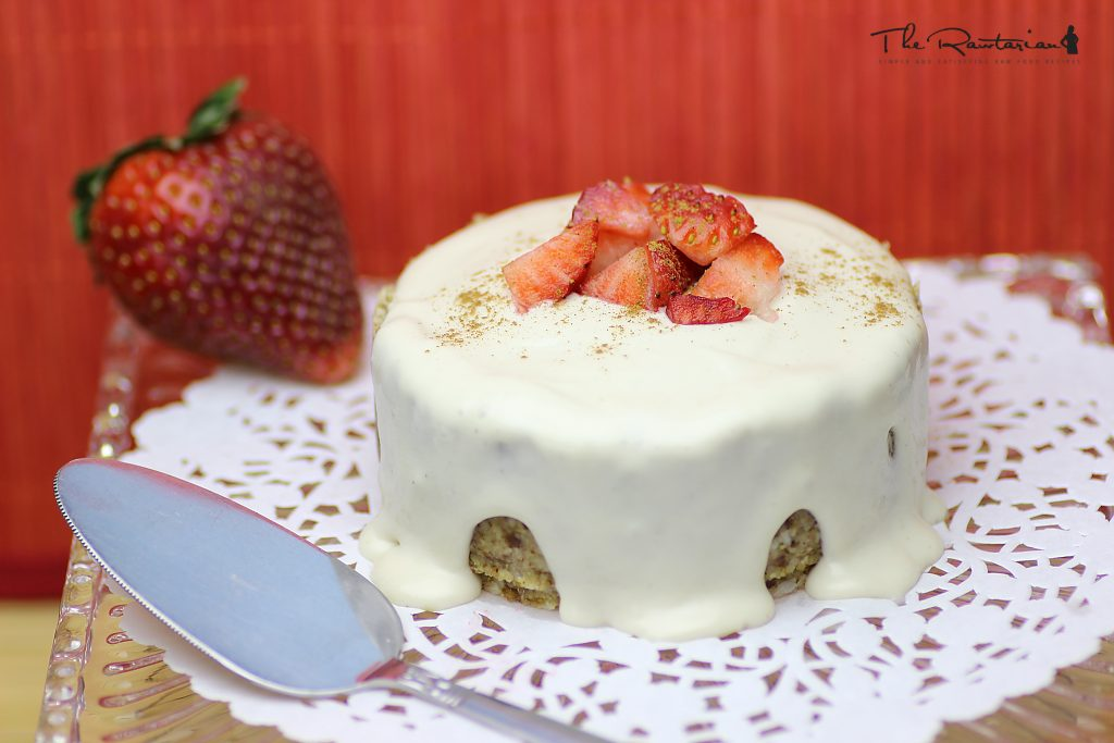 4 scrumptious healthy vegan cake toppers the rawtarian use this raw frosting anywhere you need just a basic creamy frosting or whipped cream its subtle not overly sweet flavor is best paired with more forumfinder Image collections