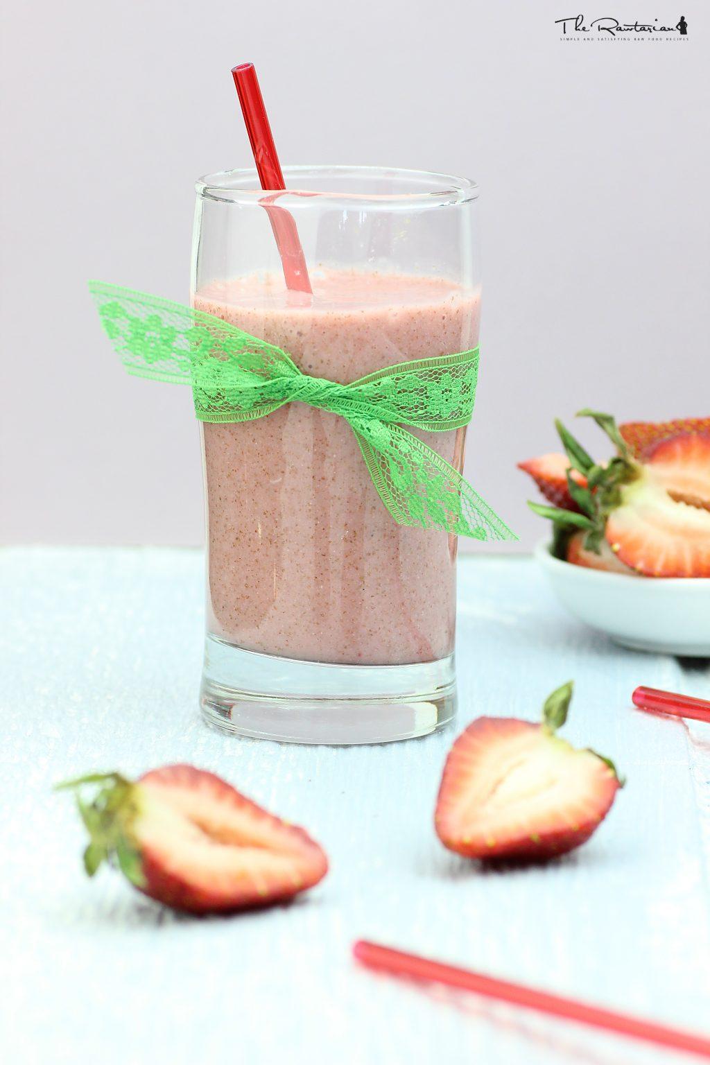 Raw strawberry milk recipe the rawtarian recipe photos forumfinder Gallery